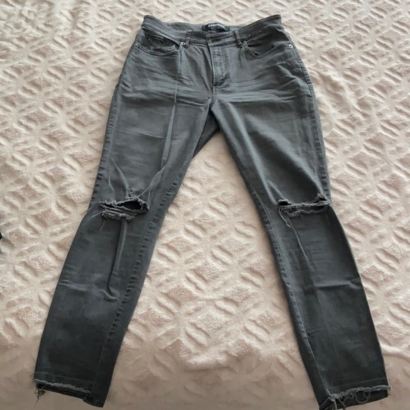 EXPRESS mid-rise ankle length stretch skinny jean